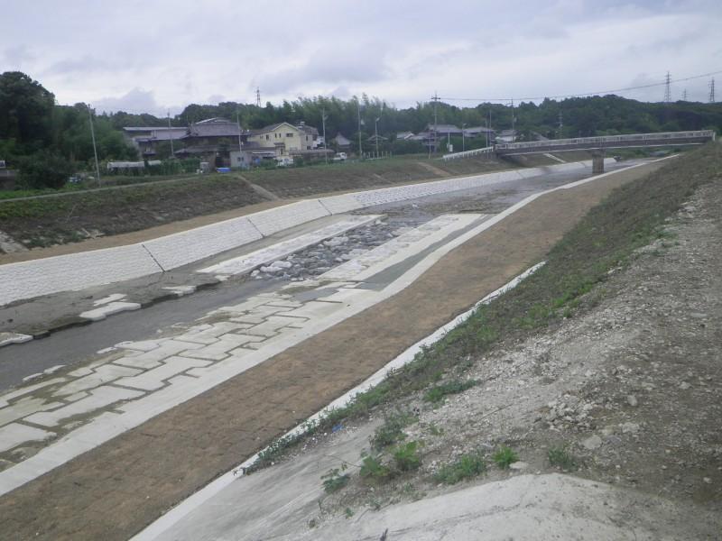 櫨谷川改修工事(池谷工区)その4,5